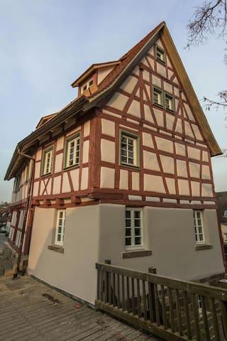 Ferienwohnung in altem Fachwerk - Mühlacker - Ev
