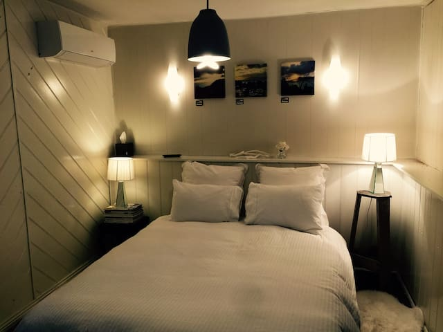 Cozy nordic self contained flat - South Launceston - Bed & Breakfast