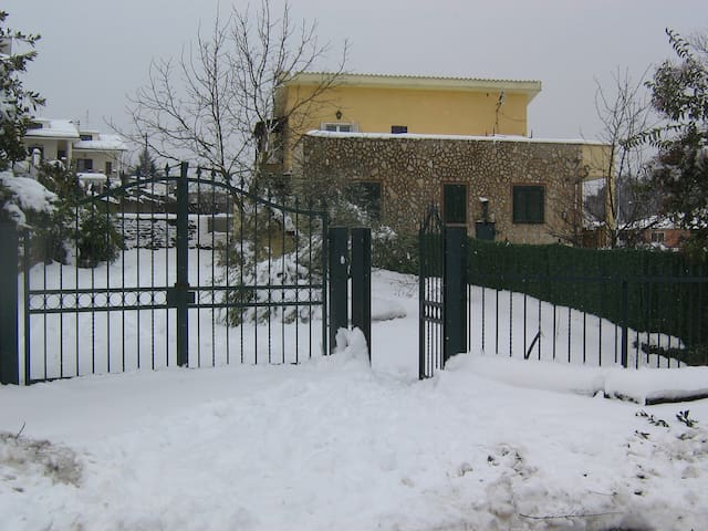 ingresso indipendente in bifamiglia - Labico