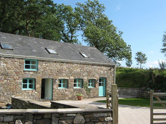 Beautiful 5* Cottage, Sleeps 6 - Cwm-twrch Uchaf - Casa