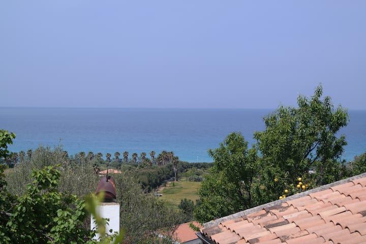 villa a zambrone marina,tropea - Marina di Zambrone - 別荘