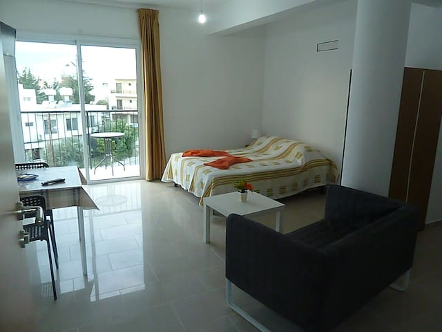 Brand new and cozy studio - Paphos - Lägenhet