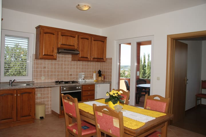 Apartmani Milin - Božava - Lägenhet