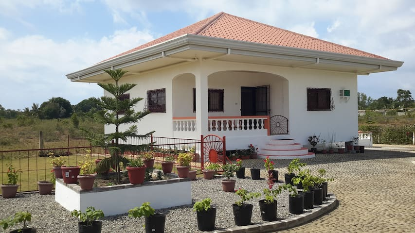 Holiday House in Dauis, Panglao - Bohol - Huis