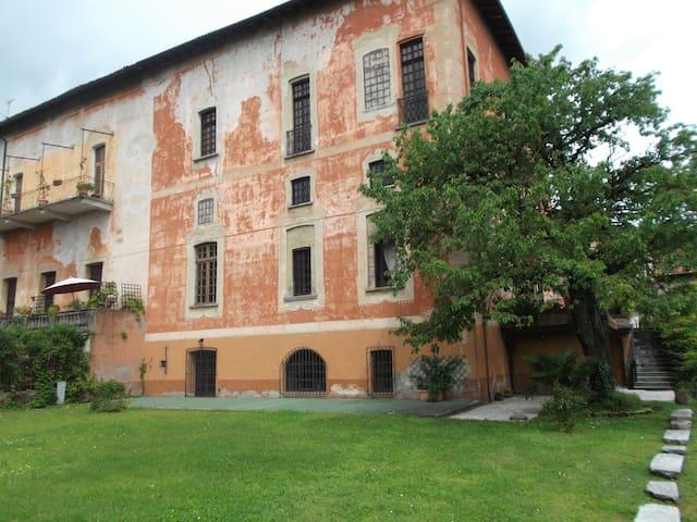 Il Castello delle Meraviglie - Fontaneto D'agogna - Leilighet