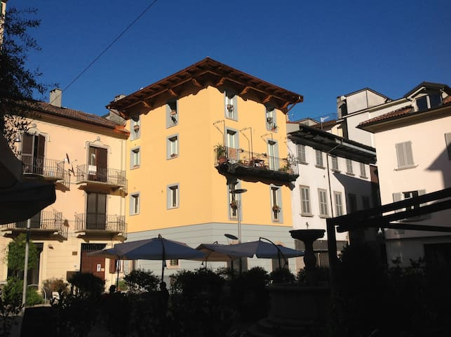 New Deluxe apartment historicenter - Verbania - Leilighet