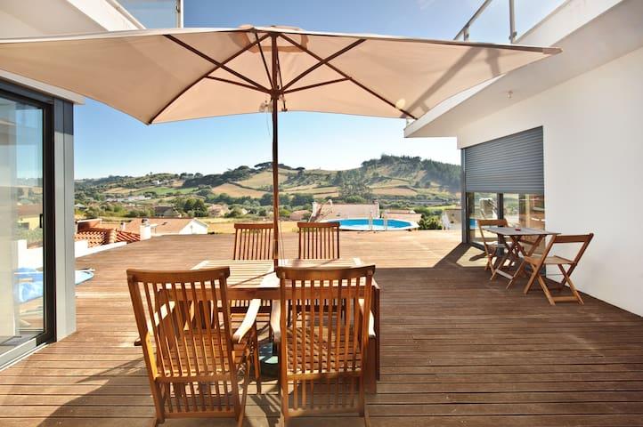 Love Oeste - Country/Beach House - Sapataria - Casa