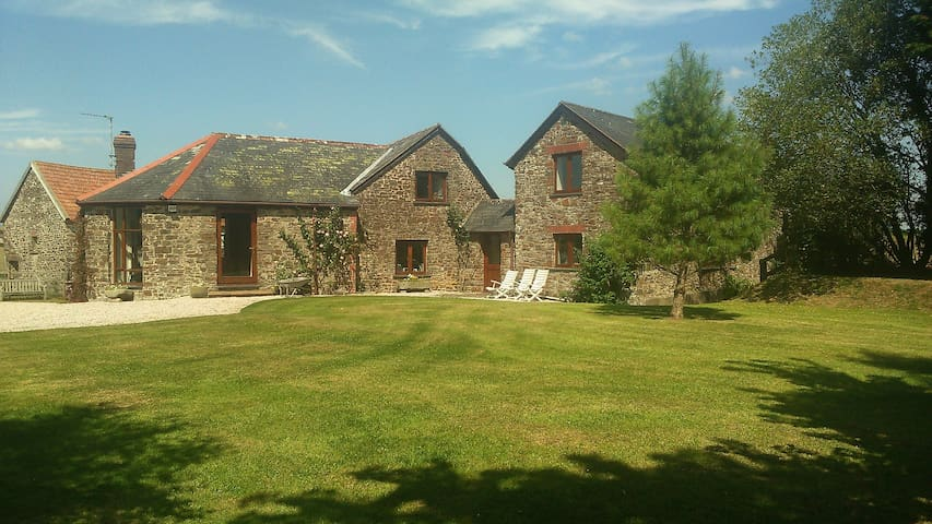 Cosy double in tranquil location - South Molton