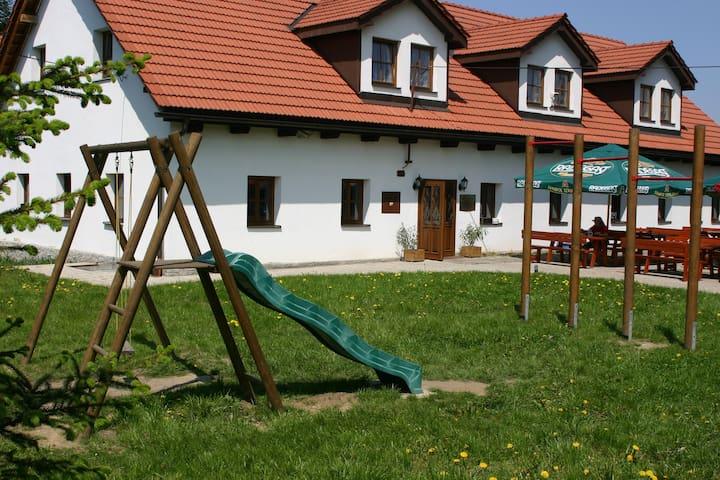 Comfortable accommodation - No. 2 - Fryčovice - Casa