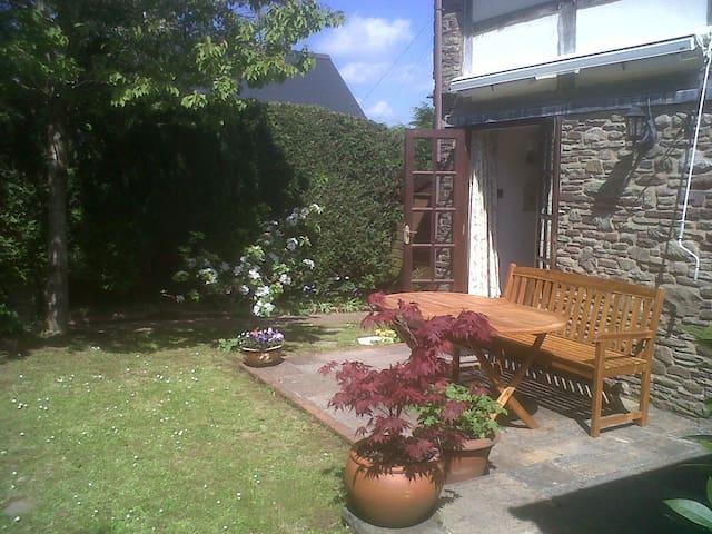 Cottage near Dorstone Village Pub near Hay-on-Wye - Hay-on-Wye - Ev