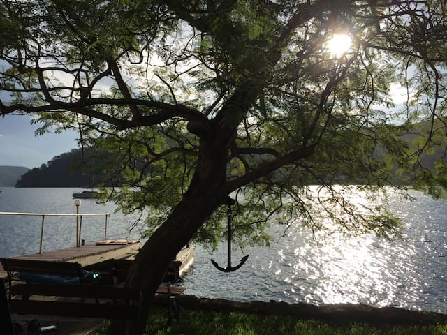 Absolute Waterfront - Cottage point - Cottage Point - Ev