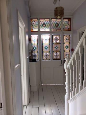 Beautiful victorian villa Nr Bath - Saltford - Oda + Kahvaltı