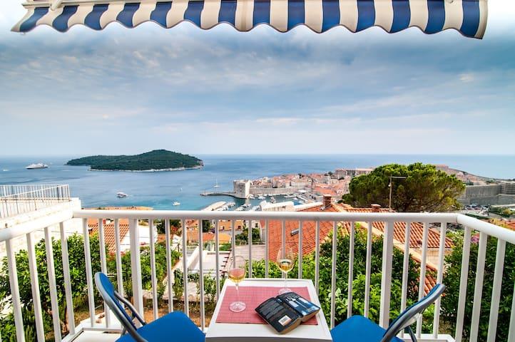 Apt.with balcony,sea view,free park - Dubrovnik - Leilighet