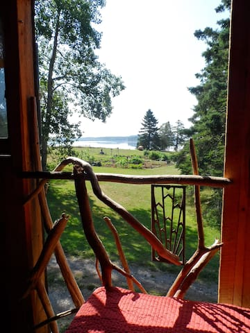 Bunkhouse Cabin at Rossport - Eastport