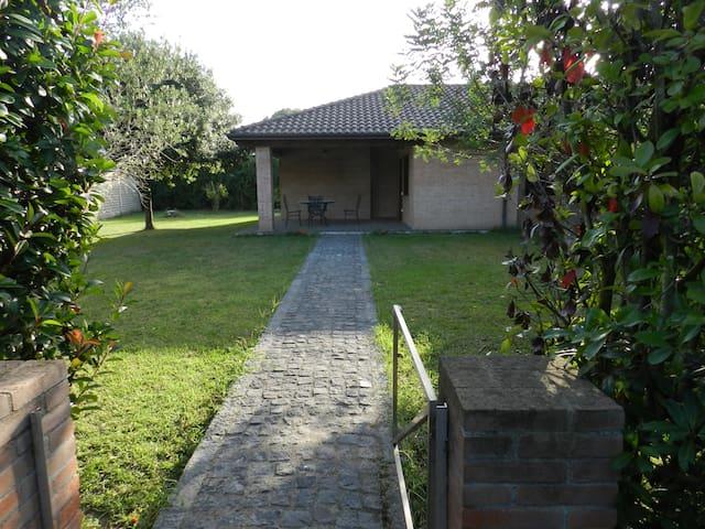 Casa in campagna - Varcaturo - Giugliano in Campania - Talo