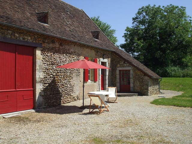 Independant house in Dordogne - saint geyrac - Ev