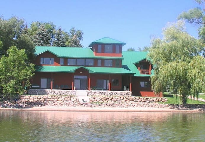 Spectacular Vacation Lake Home Get Away - Howard Lake - Maison
