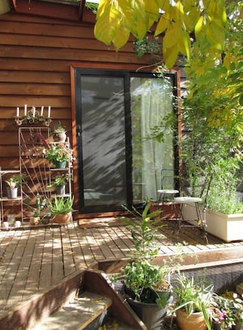Sunny studio 12 mins from Canberra - Crestwood - Rumah