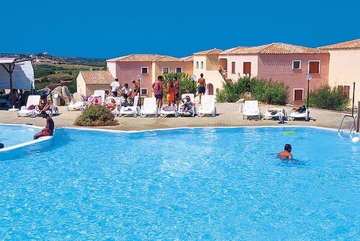 Bilocale in residence con piscina - Aglientu