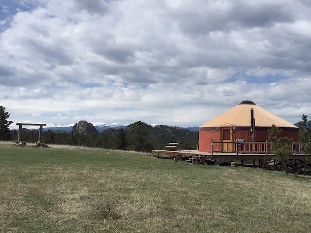 Amazing views at the Yurt! - Livermore