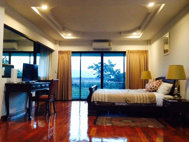 The cottage Nakonsawan luxury villa - NakhonSawantok