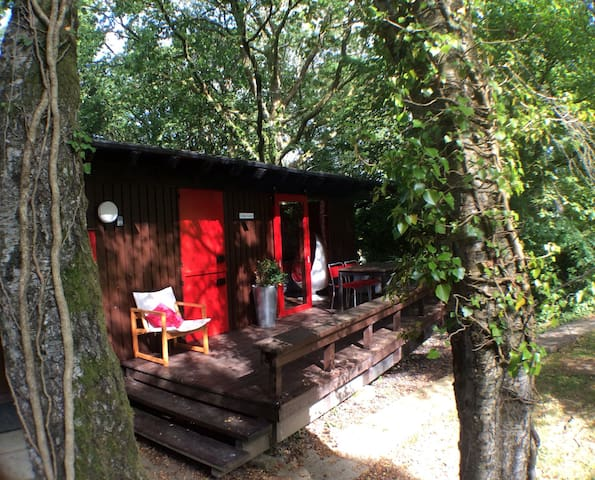 Groovy retro West Wales cabin - Cenarth
