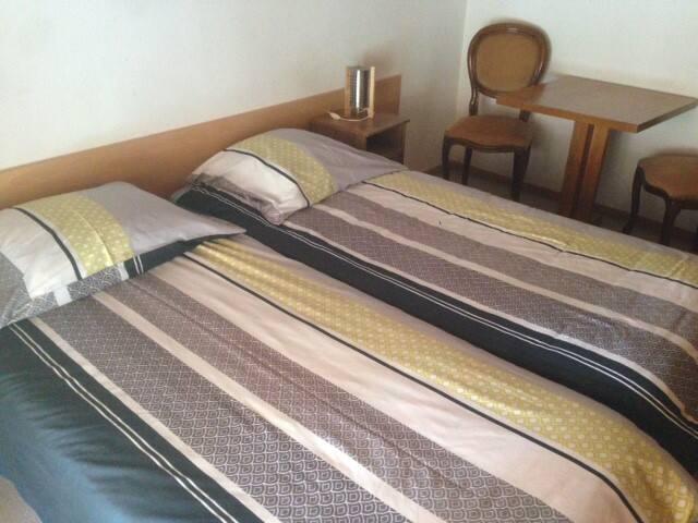 3 Chambres d'hôtes - Vuissens