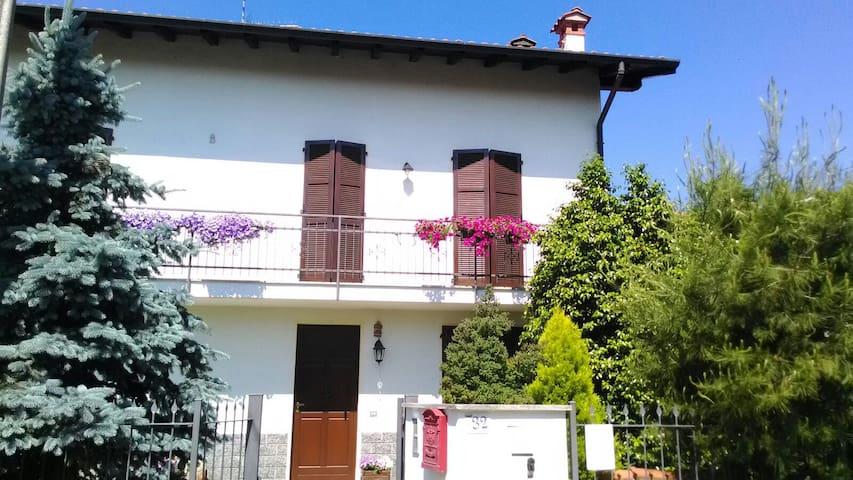 GardenHouse Malpensa - Fellini Room - Ferno - 별장/타운하우스
