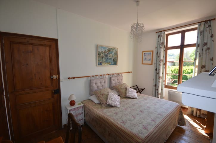 Room with a view - Prades - Bed & Breakfast