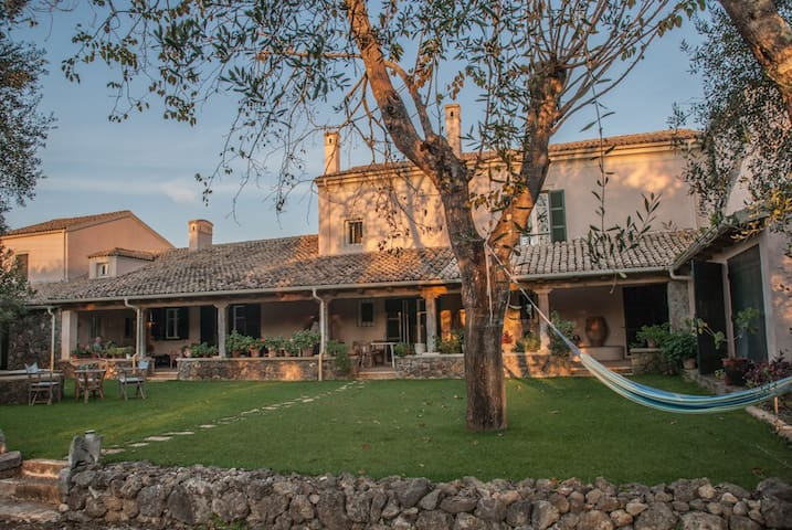 Villa Neranzia, maison d'architecte - Corfou - Villa