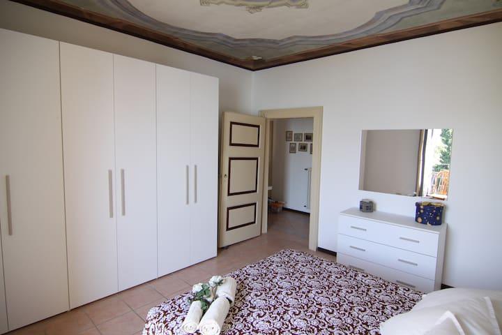 Charmant appartement avec vue sur le lac - Gravedona - Villa