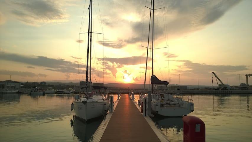 A beautiful Sail Boat - Pescara - Barco