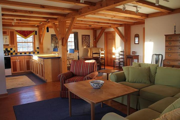 Rural converted post and beam barn - Alna - Ev