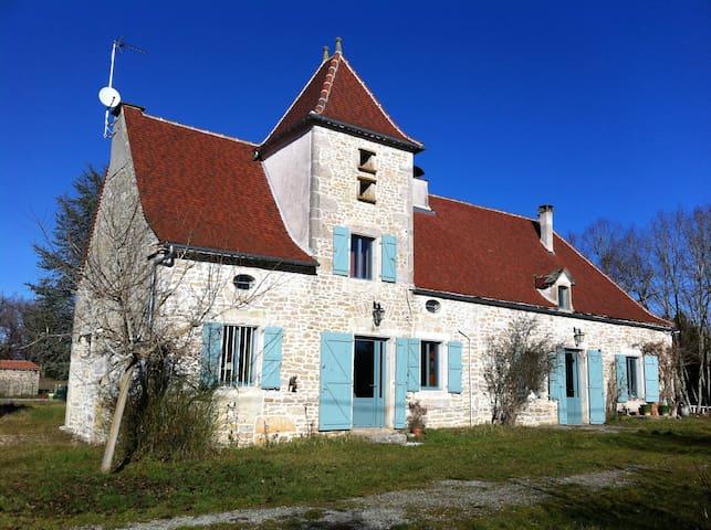 Propriété de charme avec piscine - Livernon - Haus