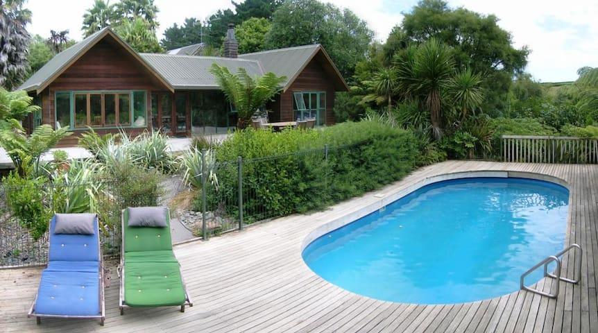B & B Farmstay Accommodation - Patumahoe - Leilighet