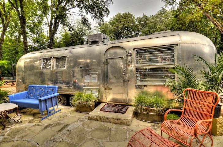 Airstream in Cameron Park! - Waco - Bobil