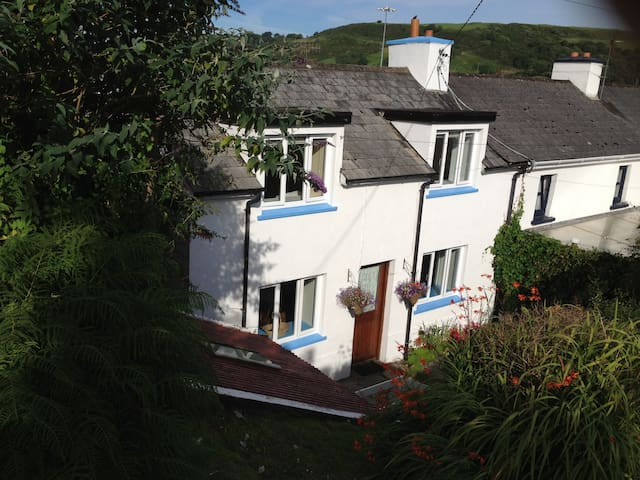 West Cork: charming seaside cottage - Unionhall - Casa