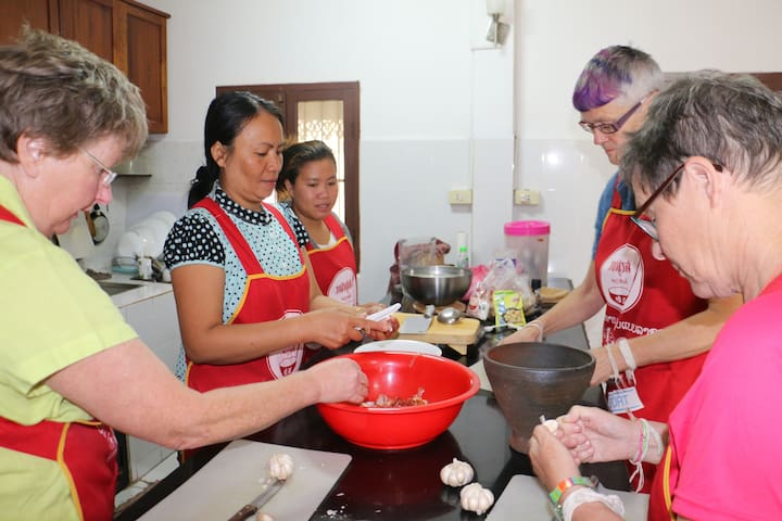 Homestay - cooking classes offered. - Vientiane - Bed & Breakfast