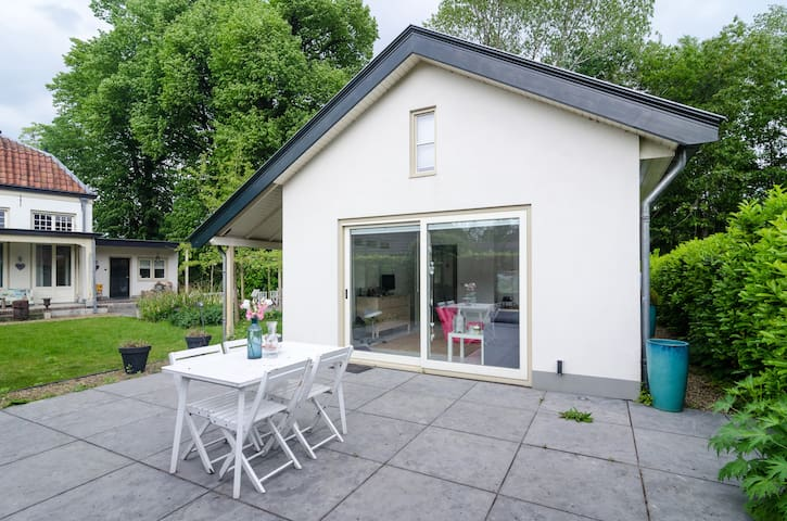 Charming new garden house for 4 - Nijkerk - Maison