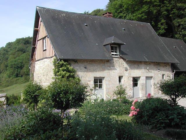 maison dans  parc Manoir desrocques - Villequier - Huis
