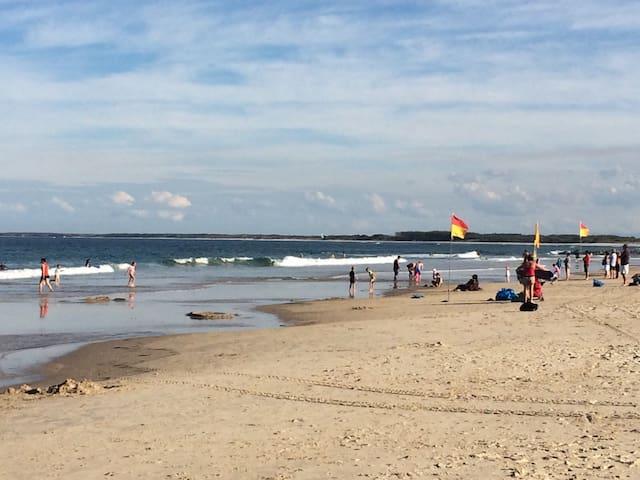 Ocean views at Kings Beach - Kings Beach - 公寓