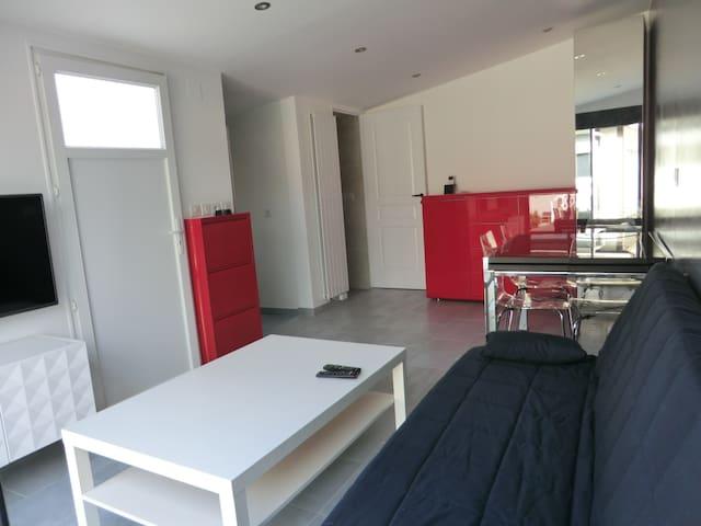 Maisonnette proche PARIS - Le Plessis-Bouchard - Bungalow