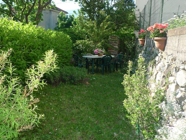 Appartamento in casa con giardino - Garessio - Departamento