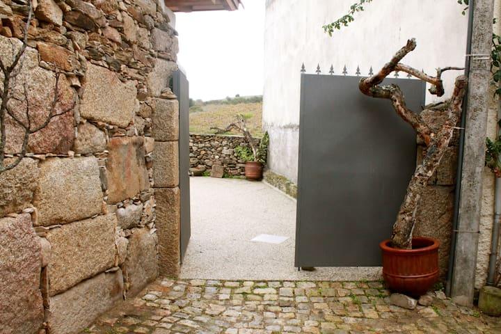 Casas do Fantal - Salão/Saloon - Vale de Salgueiro - Otros