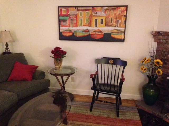 Rest & Relax 1 Mile From Dartmouth! - Hanover - Apartamento