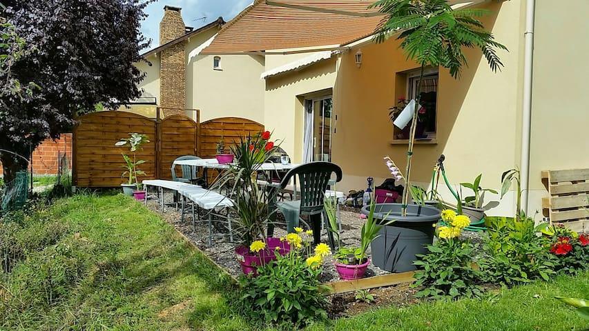 chambre chez l habitant - Saintry-sur-Seine - Casa