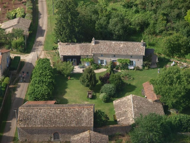 Toplocatie op Franse platteland - anche - Houten huisje