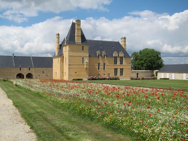 Farm Manor in Bayeux (Historical) - Monceaux-en-Bessin - Leilighet