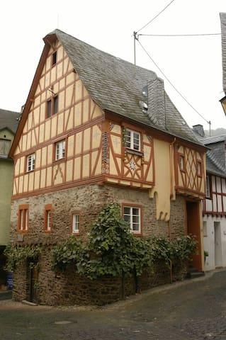 Half-timbered house Anno 1628 - Ediger-Eller - Ev