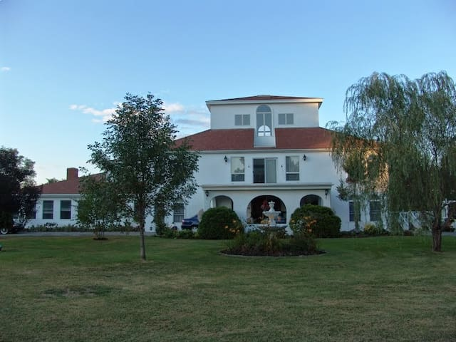 Villa Sojourn on the Merrimack. - West Newbury - Huvila